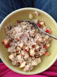 Oatmeal with apples and chopped walnuts.